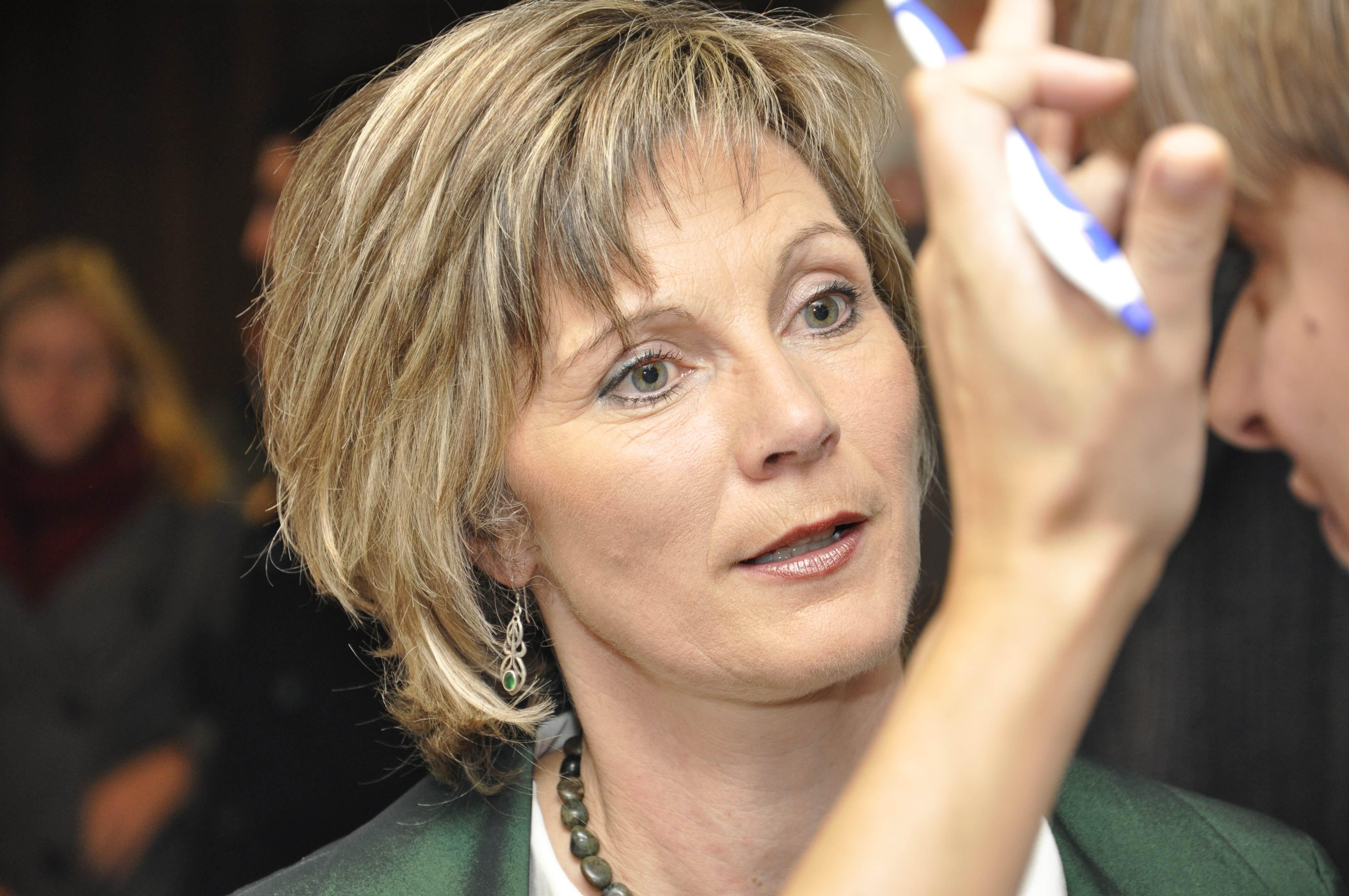 Am Montag wird Nationalrätin Maya Graf als erste Mitglied der Grünen zur höchsten Schweizerin gewählt, am Mittwoch steigt in ihrer Wohngemeinde Sissach ein ... - 0.58150300_1353783908