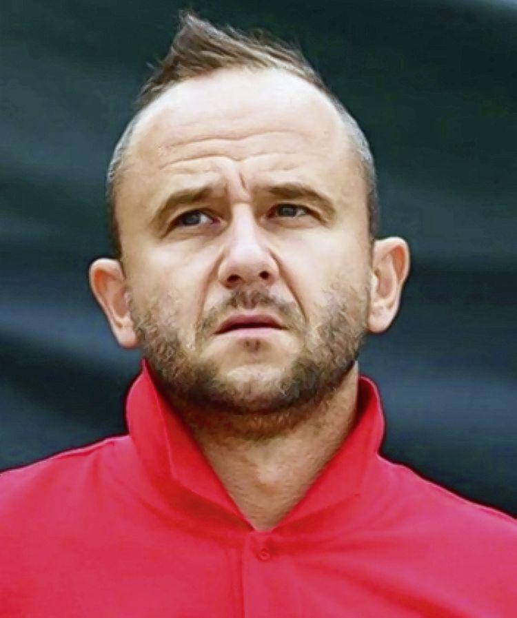 Der 39-Jährige übernimmt das Amt vom zurückgetretenen Duo Marc Gysin/Nico Jung. Ivcevic war unter anderem Trainer der Havana Shots, Beachkings Emmen und ... - 0.59801900_1413443225
