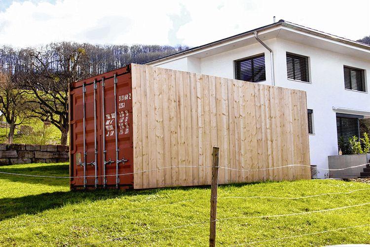 volksstimme nusshof rgert sich ber container. Black Bedroom Furniture Sets. Home Design Ideas